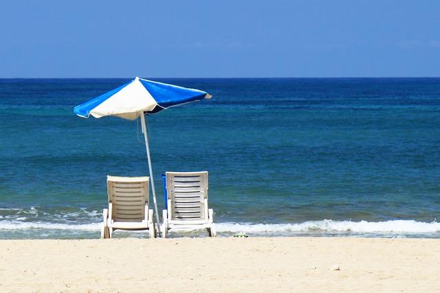 beach-2342_640