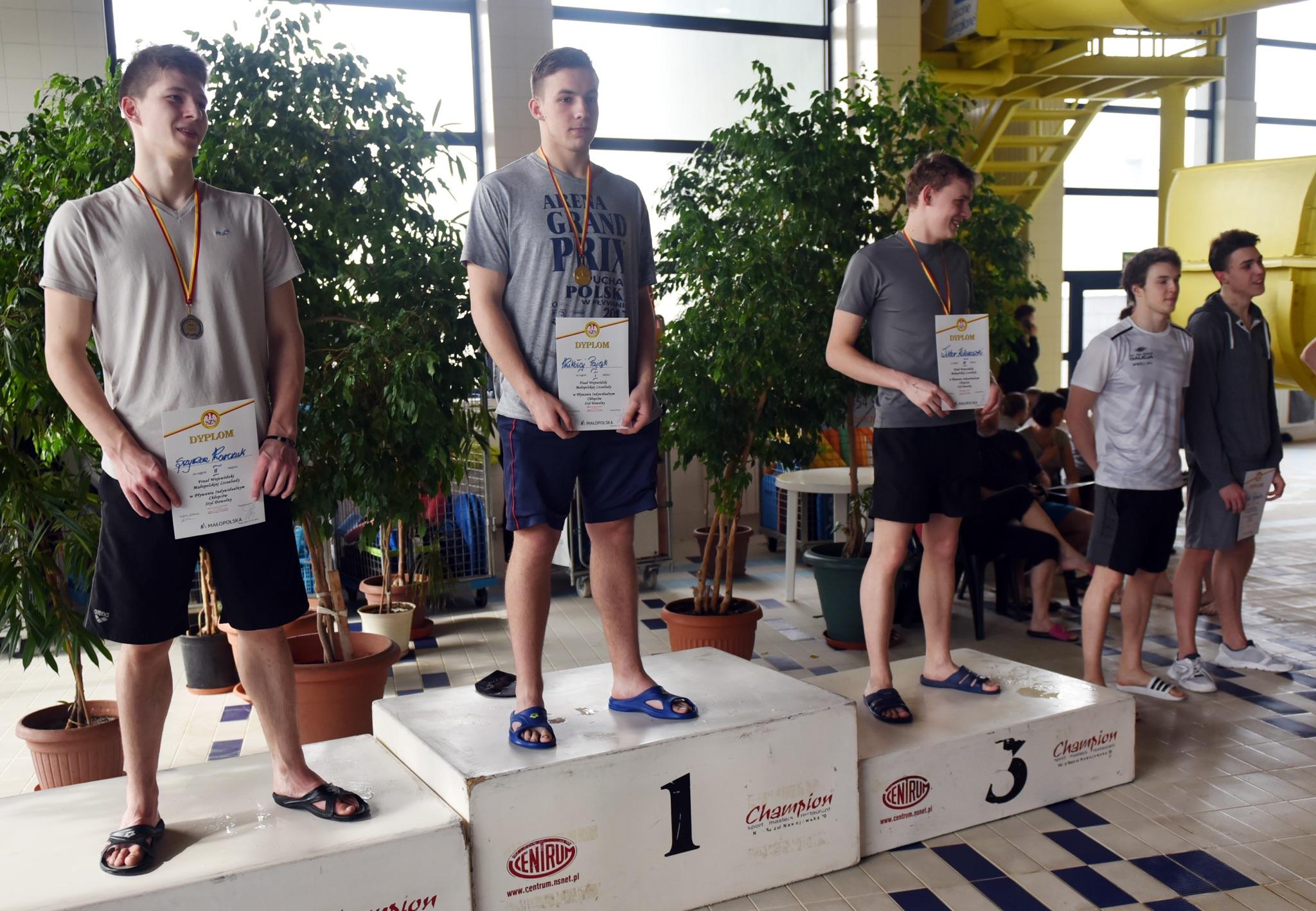 Sukces pływacki Szymona !