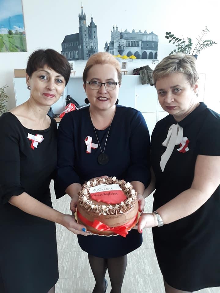 Uroczyste świętowanie 100-lecia Odzyskania Niepodległości w II LO
